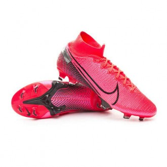 crampon superfly 7academy...